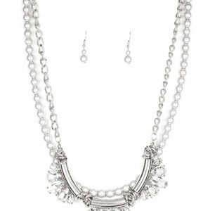 Jewelry - Sliver white and necklace set with earrings